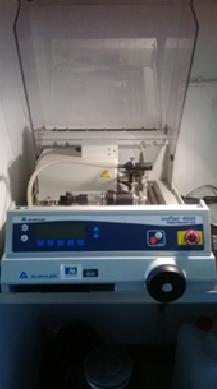 Tronçonneuse de précision Isomet 4000